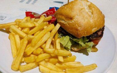 Top 8 ongezond voedsel dat je absoluut wilt vermijden!