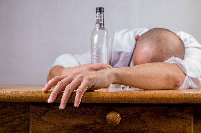 Alcohol drinken tijdens het keto dieet