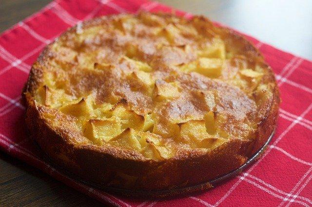 Koolhydraatarme cake met appel